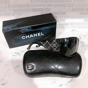 AUTHENTIC CHANEL Sunglasses 5080-B CC Swarovski